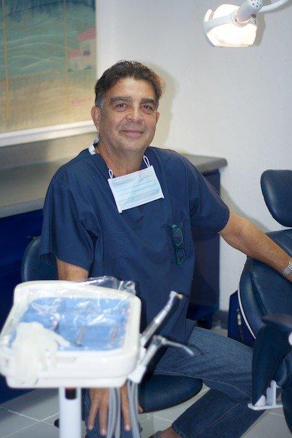 Clinica De Cosmetologia Dental Y Ortodoncia
