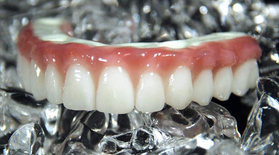 cristal lab denture