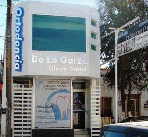 Dr. De la Garza