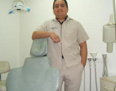 Dr Luna & Chair -2010